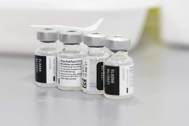 ​The Pfizer-BioNTech vaccine, with a known efficacy rate of 95 per cent, requires two doses three weeks apart. PHOTO BLOOMBERG